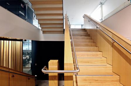 oficina_escaleras